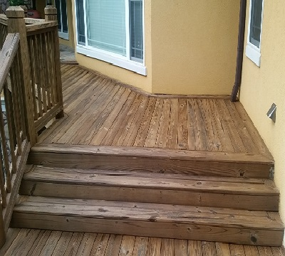 Professional deck pressure washing with staining in Newnan, Ga