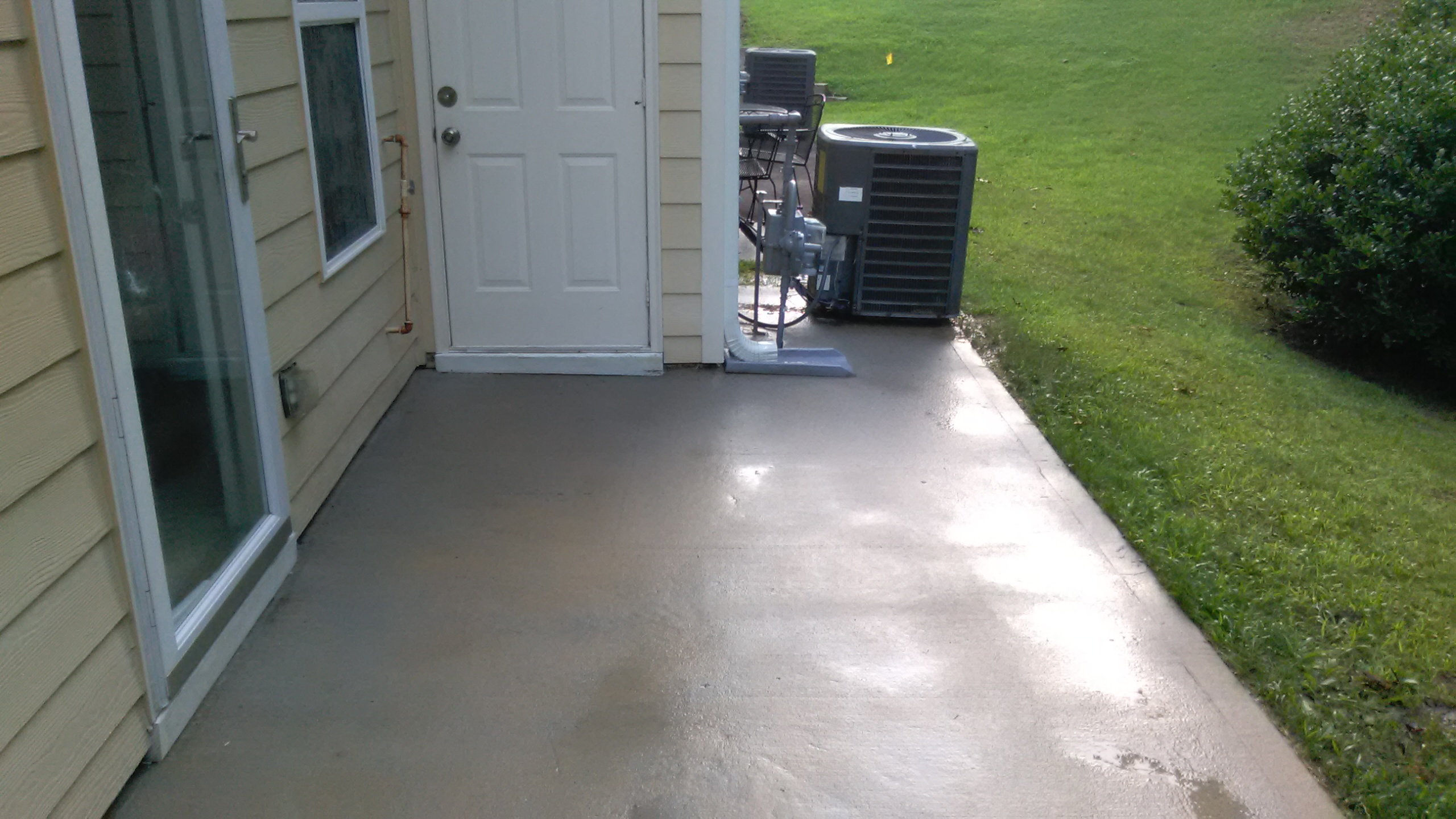 Pressure washing tyrone ga exterior power cleaning for Patio cleaning solution