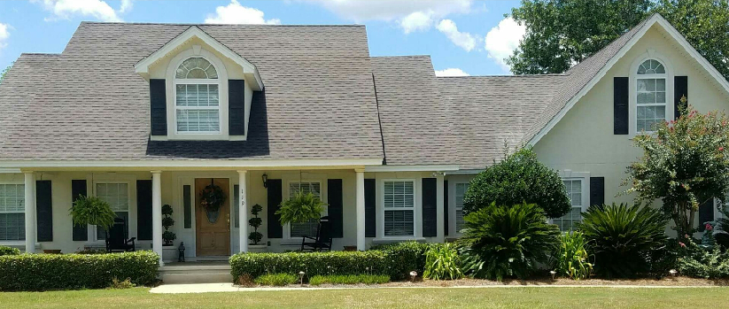 Newnan roof cleaning to remove black stains & streaks from shingle roof
