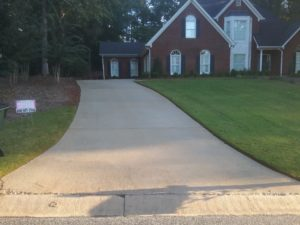 Newnan pressure washing services to remove mildew & bacteria
